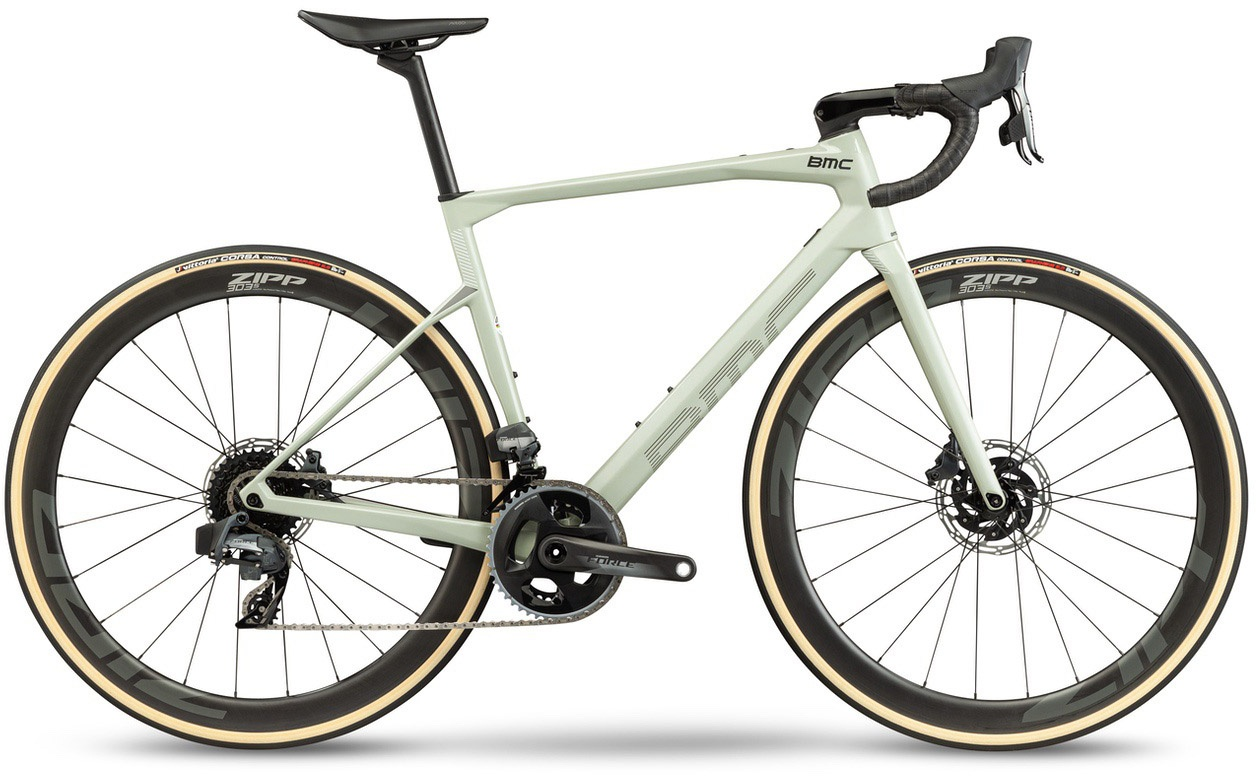 BMC Roadmachine 01 THREE 2021
